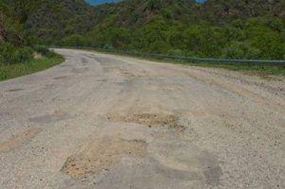 Las rutas provinciales conspiran contra la promoción del turismo