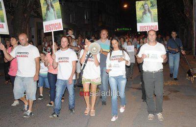 Multitudinaria marcha pidiendo justicia por Marisol