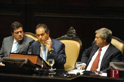 Con una Legislatura agitada por los movimientos de bloque, Scioli se prepara para su �ltima apertura de sesiones
