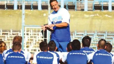 Jugadores de Gimnasia amenazan con no ir a Perico