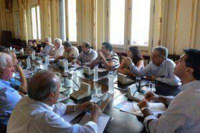 Nación envió ayuda para restablecer energía y agua potable en Córdoba