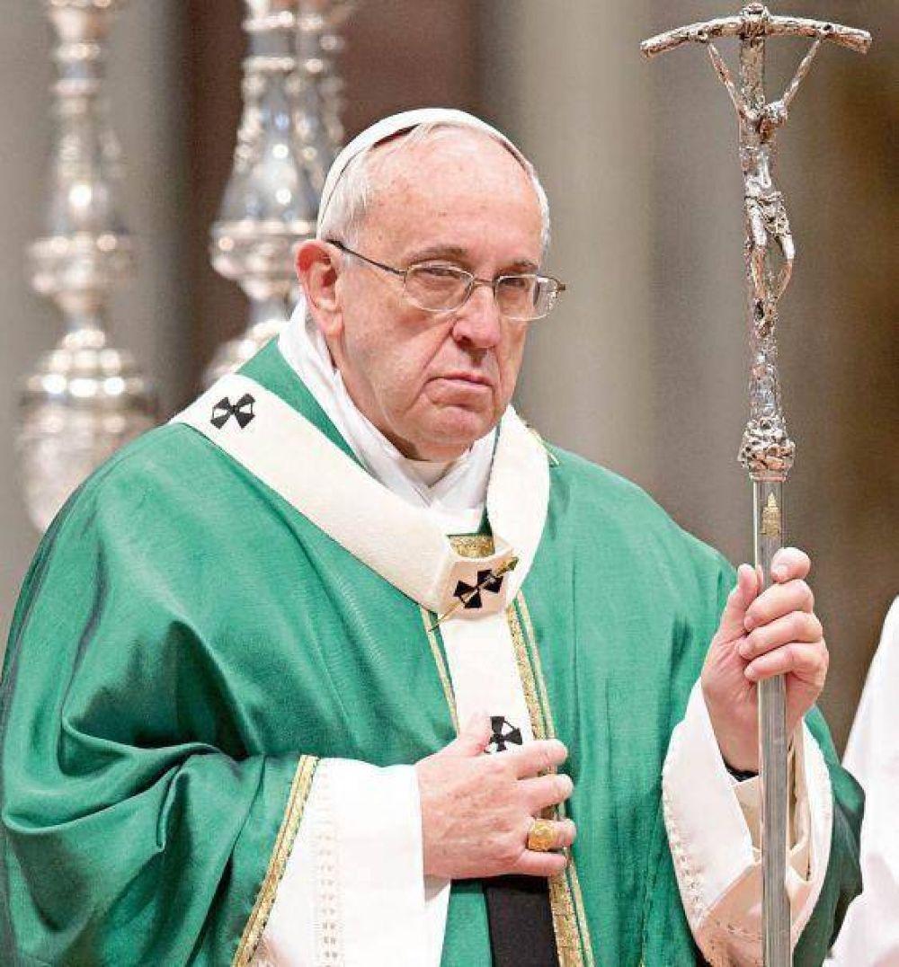 El Papa recibe a familiares que rechazan al 18F