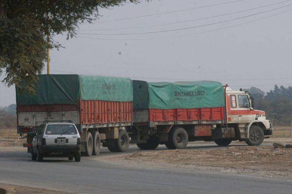 Transportistas buscan un aumento de 30% en fletes