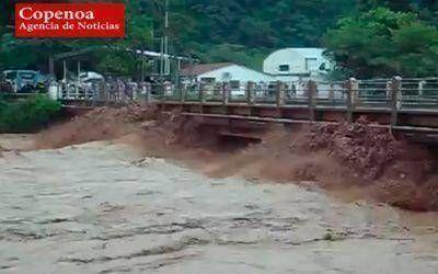 Salta: 30 mil personas aisladas por caída de puente y crecida del Rio Pilcomayo