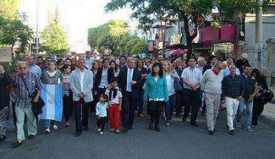 Con Poggi a la cabeza, miles de puntanos marcharon pidiendo justicia por Nisman