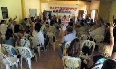 AMP ratific� paro por tiempo indeterminado de sus docentes