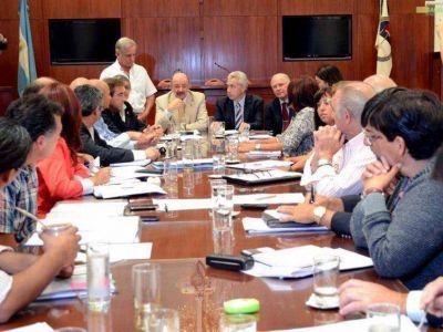 Primera reunión por el proyecto de paritarias
