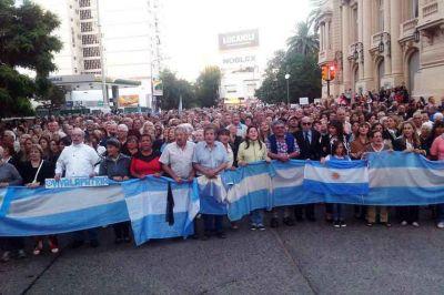Una multitud marchó por las calles bahienses para homenajear al Fiscal Nisman y pedir justicia