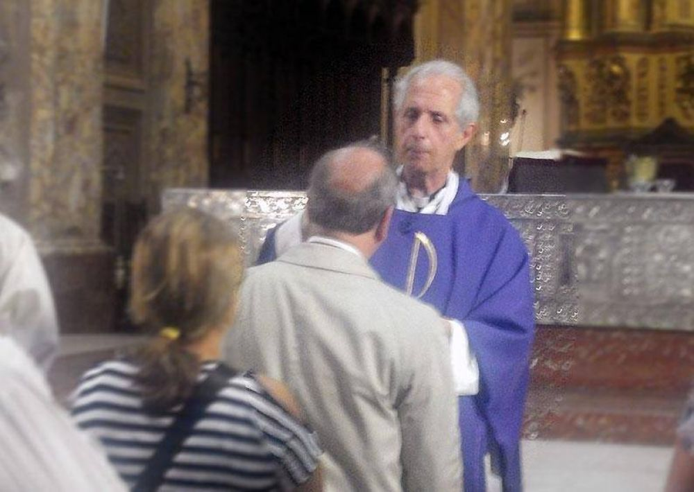 El cardenal Poli da consejos para vivir la Cuaresma