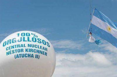 Inza estuvo presente en el acto de habilitación de la central nuclear Atucha II