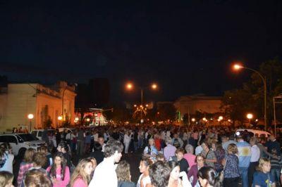 Se manifestaron casi 2 mil personas en el centro