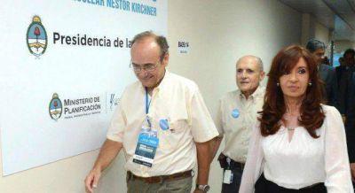 Golpeada por el #18F, Cristina demora definiciones electorales y estudia cambios en el Gabinete
