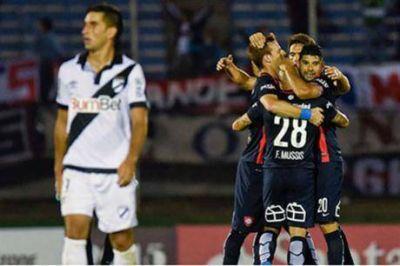 La remontada del campeón: San Lorenzo venció a Danubio con dos goles en dos minutos
