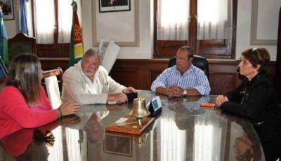 El intendente Sánchez recibió a funcionario laboral