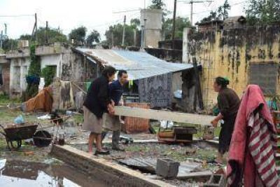 El gobierno de Córdoba relevó alrededor de 1.700 viviendas dañadas