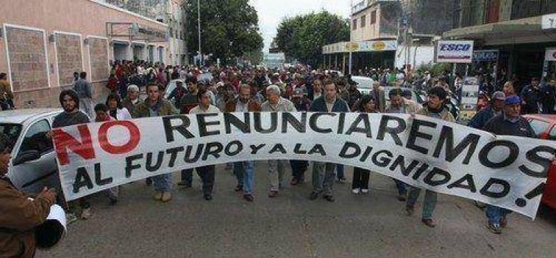 Madereros piden la renuncia de Julio Nasser