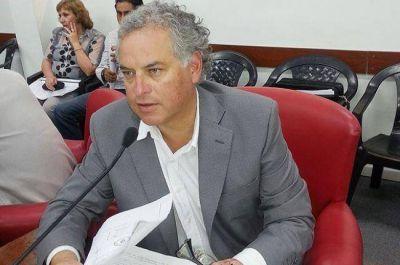 """""""Capitanich y Bacileff Ivanoff son los actores intelectuales del negociado"""""""