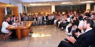 El gobernador Poggi aprobó obras por $176 millones