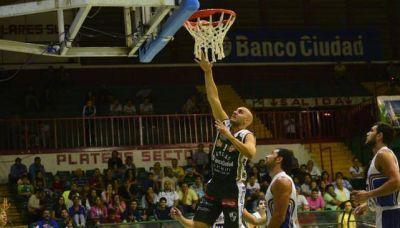 Atenas venció a Lanús sobre el final y alcanzó las cinco victorias al hilo