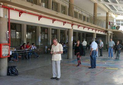 Exitoso operativo policial en elecciones de Capital y San Carlos