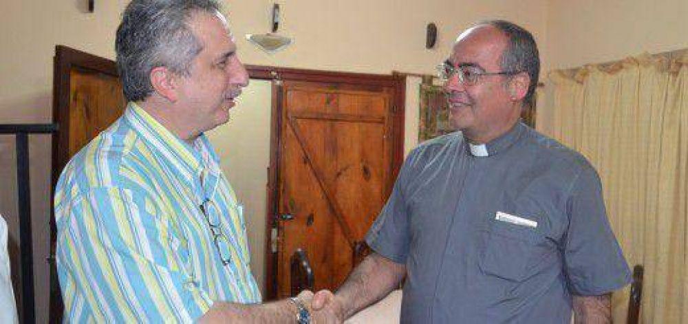 Passalacqua se reunió en Iguazú con miembro de la curia pontificia