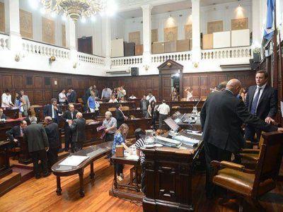 La oposición se impuso por un error de cálculo del PJ y mandó al archivo la nueva Ley de Educación