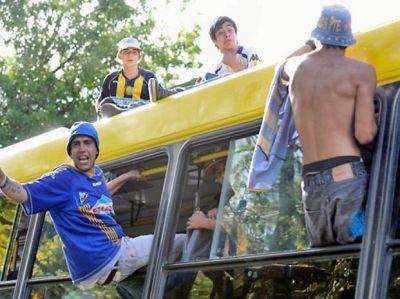 La UTA denunció violentos ataques a colectivos cuando hay fútbol oficial