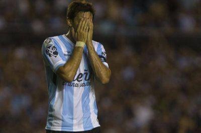 Diego Milito sufrió un esguince leve de rodilla y sólo se perdería el partido ante Temperley