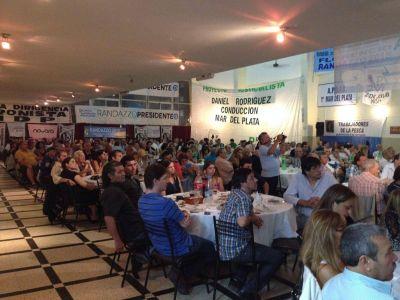 En Mar del Plata agrupaciones pol�ticas expresaron el apoyo a Randazzo 2015