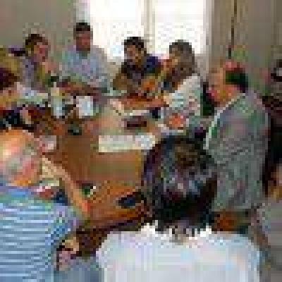 Vidal se reuni� con los concejales por el presupuesto 2015