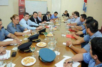La provincia propuso un incremento del 31% para polic�as y agentes penitenciarios