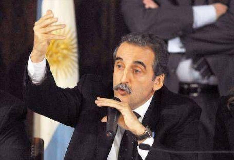 """INDEC: la oposición habla de """"maquillaje"""" y dice que sigue la """"patota"""" de Moreno"""