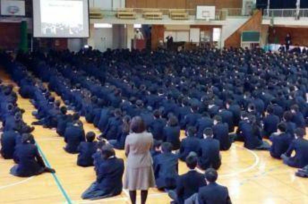 Invitan un imam a explicar lo que es el islam en una escuela en Japón