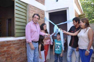 Inauguran viviendas sociales en La Banda