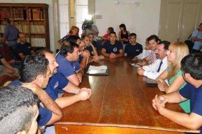 Los trabajadores de la Cooperativa Sudamtex se reunieron con el intendente y con concejales