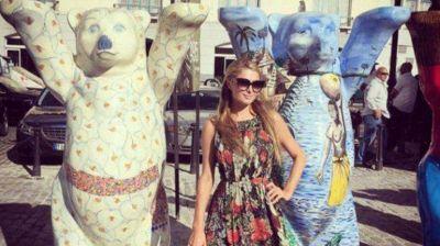 Paris Hilton visita Cuba, donde su bisabuelo perdió un hotel