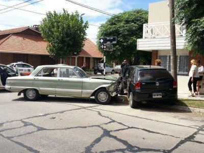 Vecinos reclaman la instalación de un semáforo en San Luis y Paso