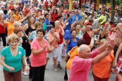 Más de 3000 personas en el cierre de colonias de verano de Berazategui