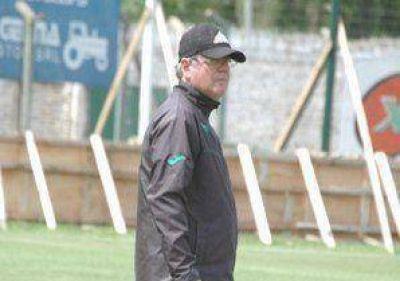 Sergio Lippi repetirá el equipo para enfrentar a Aldosivi