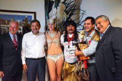 Urribarri no llegó, pero sí todo el Carnaval de Entre Ríos