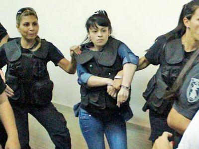 Pasar� 20 a�os en prisi�n una joven que mat� a dos chicas al salir de un boliche