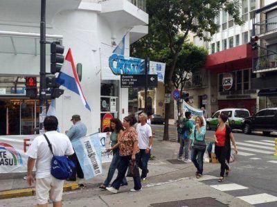 VIVO: La militancia llega al Congreso para la Asamblea Legislativa