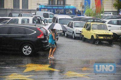 Rige una alerta por probables lluvias y tormentas