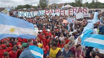 Gualeguaychú marcha el 26 de abril contra Botnia