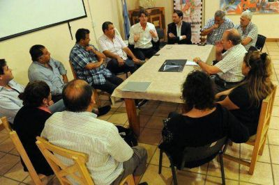 Nicol�s Scioli junt� a los referentes del PJ de San Fernando