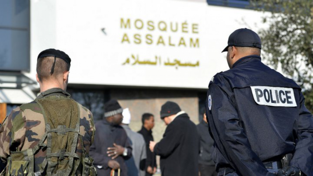 Francia presenta plan para mejorar el diálogo institucional con el islam