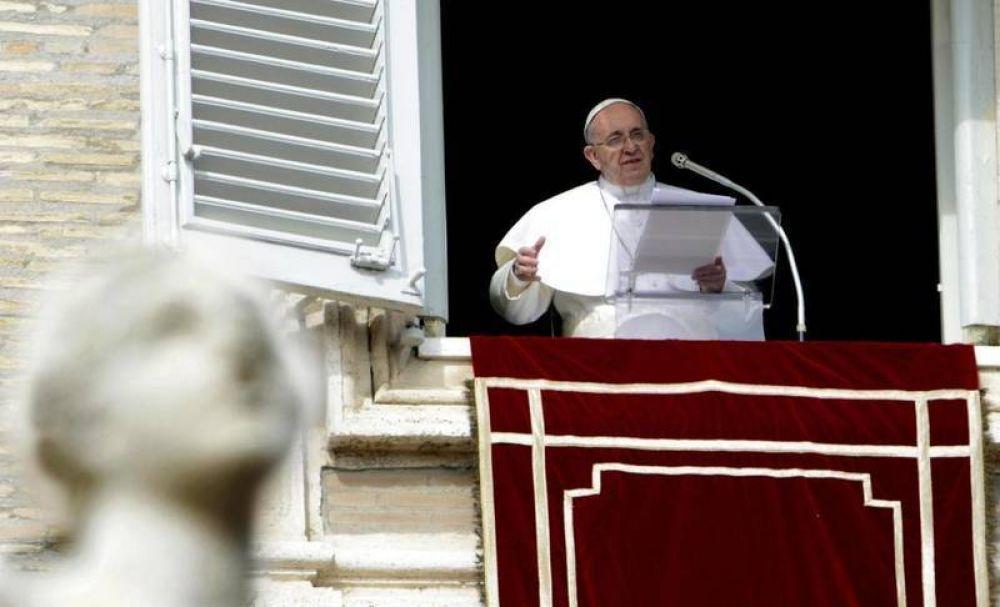 Francisco: «Basta de la intolerable brutalidad contra los cristianos en Siria e Irak»