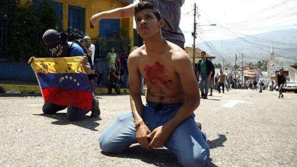 El Papa exhortó a rechazar la violencia y reabrir el diálogo en Venezuela