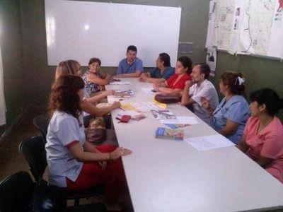 Buscan establecer al Hospital Favaloro como centro Amigo de la Madre y el Niño