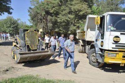 Mañana el Municipio comenzará a enripiar calles y llevará servicios médicos gratuitos al barrio San Ignacio